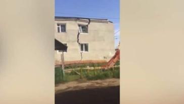 "Viral Video: Διαμέρισμα ""ΚΟΒΕΤΑΙ"" στα δυο λόγω καύσωνα! Στιγμές που κόβουν την ανάσα!"