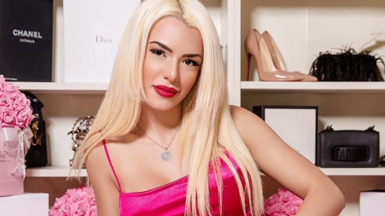 Στέλλα Μιζεράκη, Stella Mizeraki, Stella Mizeraki influencer, Στέλλα Μιζεράκη δεσμός