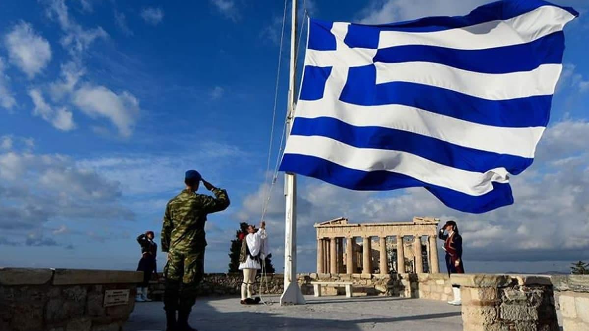 25η Μαρτίου: Η έπαρση της Ελληνικής σημαίας στην Ακρόπολη