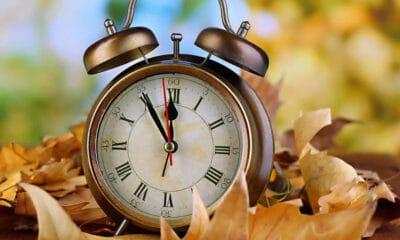 Αλλαγή ώρας τα ξημερώματα-Γιατί αλλάζουμε την ώρα