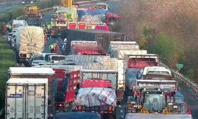 11 νεκροί και 19 τραυματίες απο σύγκρουση λεωφορείου με φορτηγού στην Κίνα (video)