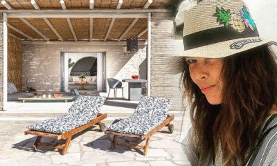 Η αγαπημένη ηθοποιός Σοφία Αλιμπέρτη έχει αποτραβηχτεί εδώ και πολλά χρόνια στην Πάρο όπου είναι και η μόνιμη της κατοικία ενώ χρόνια