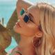 Ευκαιρία για μπανάκι στην Μύκονο βρήκε η Κατερίνα Καινούργιου, η οποία μαζί με τον καλό της οργώνουν τις παραλίες του νησιού ειδικά τώρα που το νησί