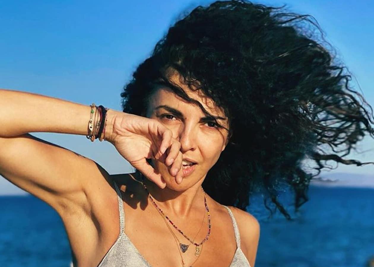 Ήλιος, θάλασσα και τρία καυτά κορίτσια να πλατσουρίζουν στα Κουφονήσια! Το όνειρο κάθε άντρα, ειδικά αν αυτά τα κορίτσια είναι η Μαρία Σολωμού