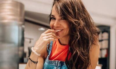 H Νικολέττα Καρρά φαίνεται ότι έχει ξεπεράσει πλήρως το διαζύγιο της με τον Κύπριο δικηγόρο Φώτο Πιττάτζη απο τον οποία χώρισε το 2019