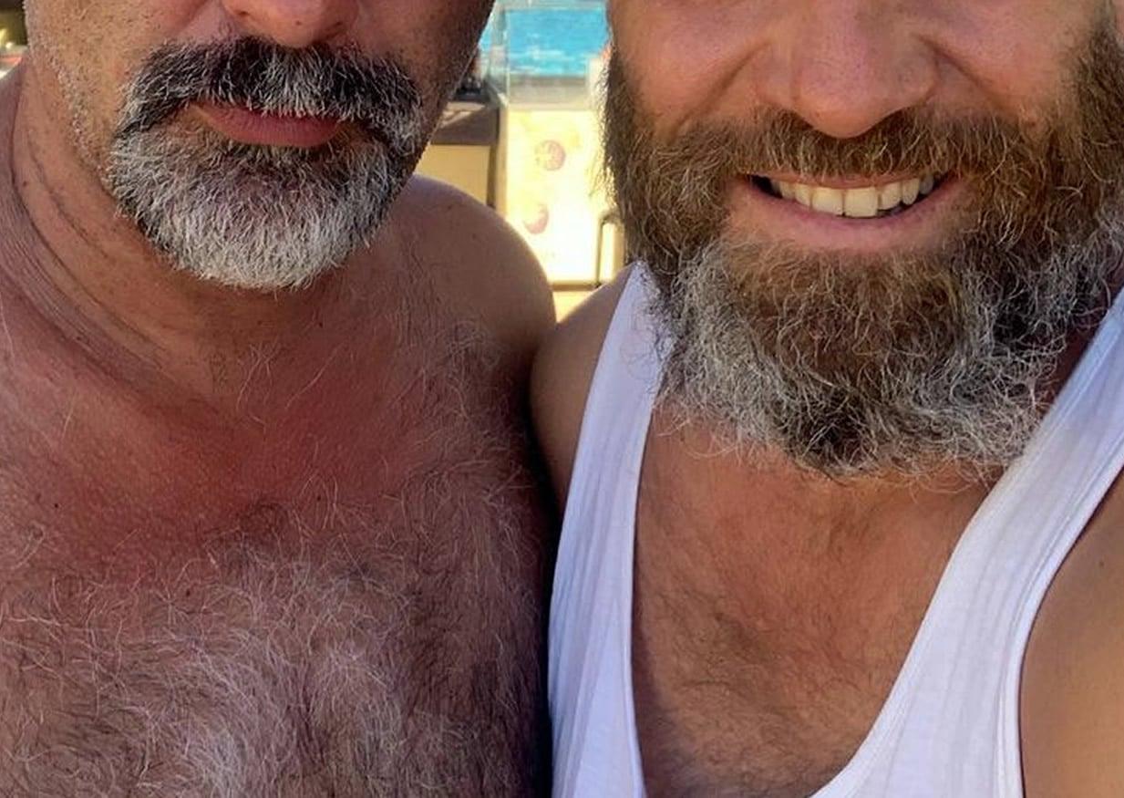 Δύο ηθοποιοί που μας καθήλωσαν με τις ερμηνείες τους στην αγαπημένη σειρά του ΑΝΤ1, τις Άγριες Μέλισσες, είχαν μια τυχαία συνάντηση στα Χανιά