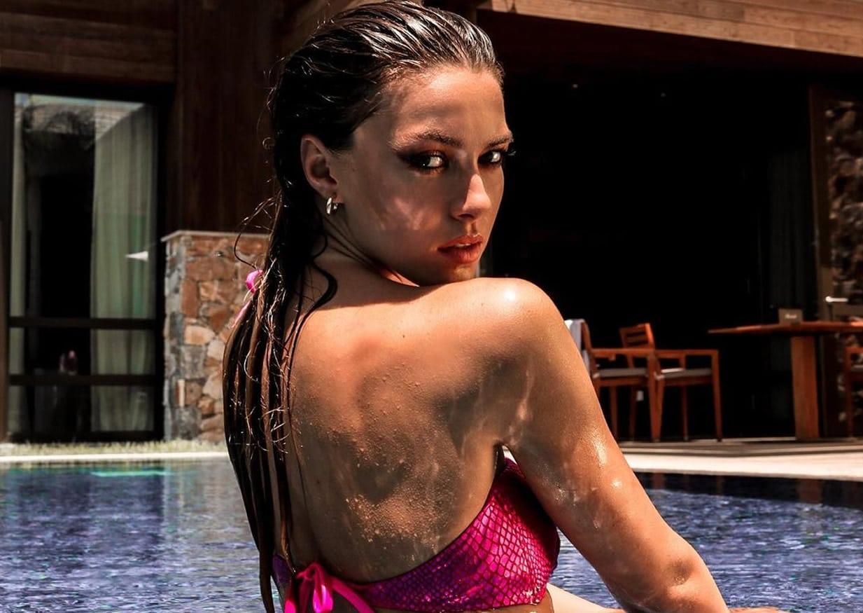 Η Εβελίνα Σκίτσκο έγινε γνωστή μέσα από την συμμετοχή της στο ριάλιτι μοντέλων Greece's Next Top Model. Αρκετοί την είχαν μάλιστα χρήση