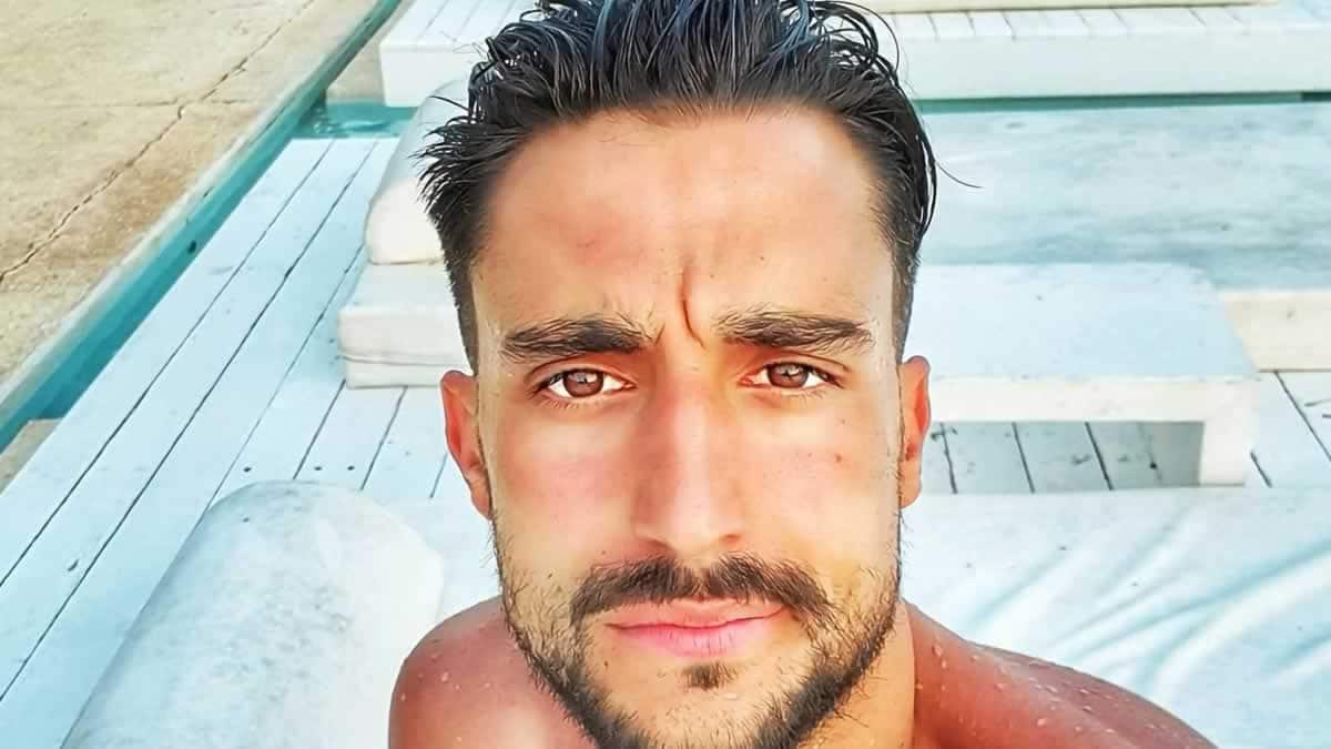 Ο νικητής του Survivor Σάκης Κατσούλης μοιράζεται μέσα απο τον λογαριασμό του στο instagram τις ευχές που στέλνει στον άνθρωπο που τον έχει