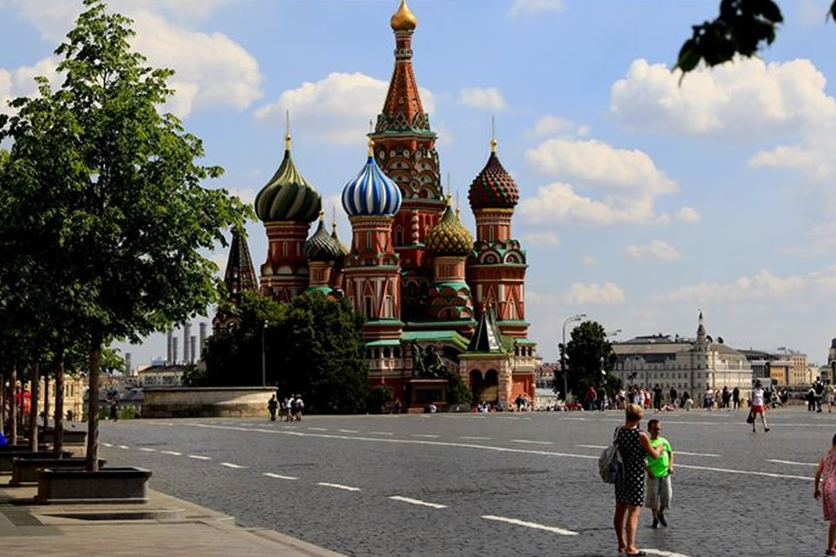 Η Ρωσία κατέγραψε 18.024 νέα κρούσματα κορονοϊού το τελευταίο 24ωρο, από 17.425 που ήταν ο αριθμός μια ημέρα νωρίτερα, ανεβάζοντας τον