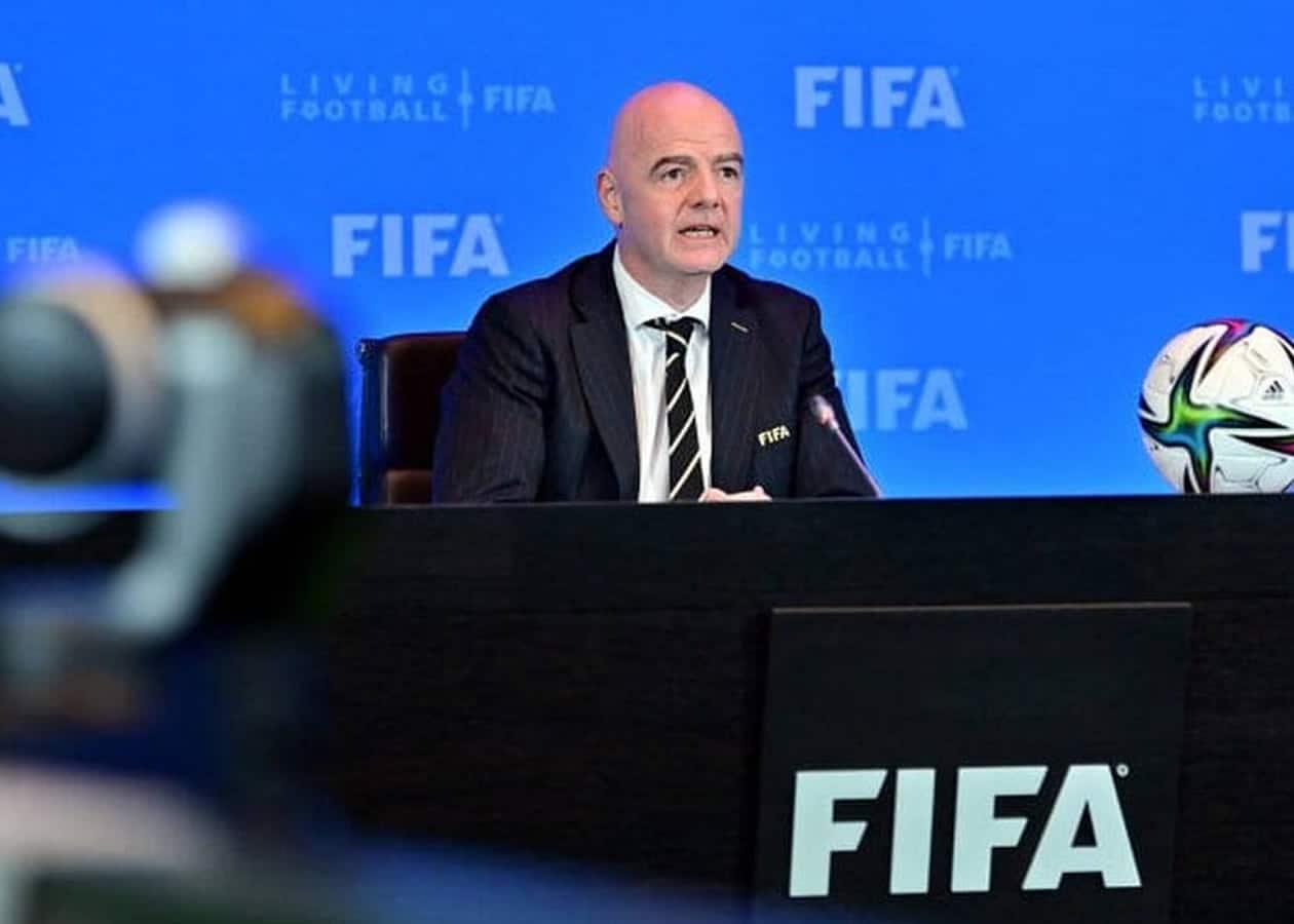 Η FIFA ερευνά την διακοπή του αγώνα των προκριματικών του Παγκοσμίου Κυπέλλου μεταξύ της Βραζιλίας και της Αργεντινής με τον πρόεδρο