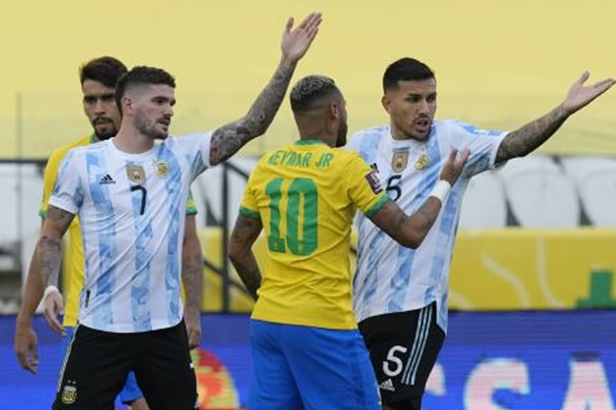 Πειθαρχική διαδικασία ξεκίνησε η FIFA, για τα όσα συνέβησαν στο κυριακάτικο ντέρμπι των προκριματικών του Μουντιάλ της ζώνης της Νότιας
