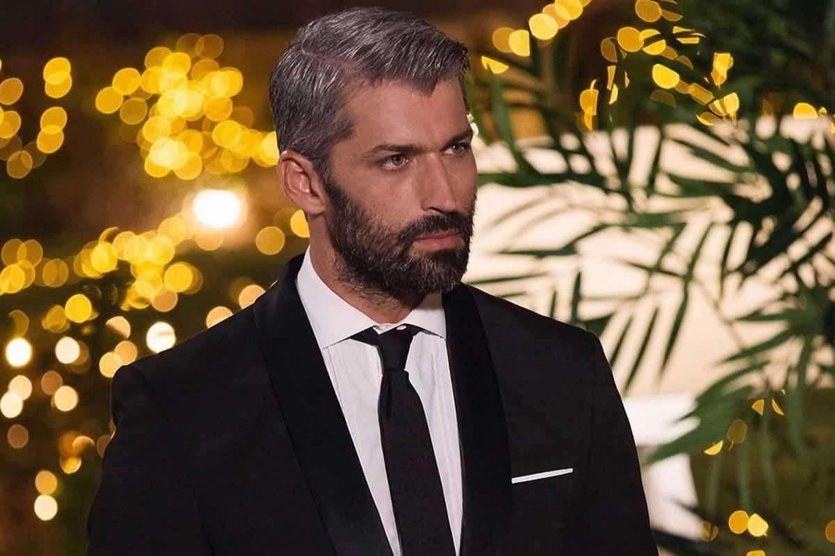 The Bachelor 2: Με συνοπτικές διαδικασίες και χωρίς πολλά λόγια ο νέος εργένης του The Bachelor, Αλέξης Παππάς έκανε το καθήκον του ποιο